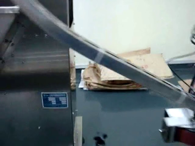 madeni yağ için otomatik dolum makinası